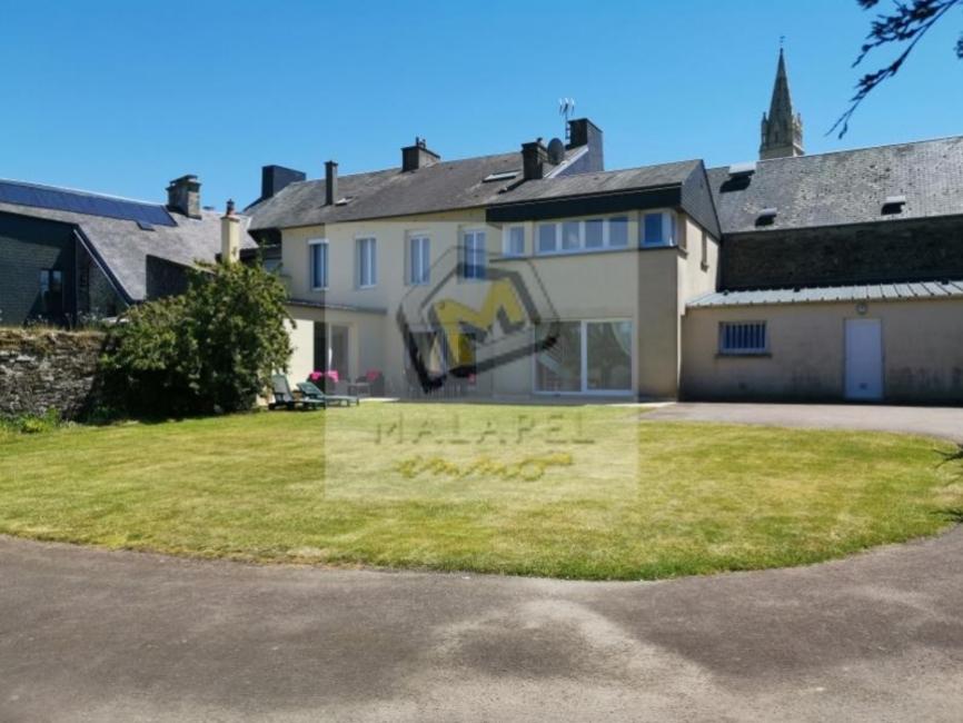 Sale House 11 rooms 240m² Caumont-l evente - photo