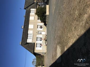 Sale House 7 rooms 110m² Tilly-sur-Seulles (14250) - photo