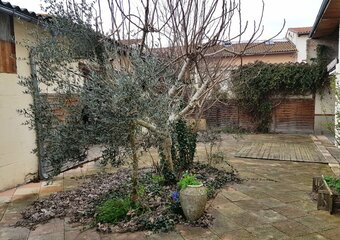 Sale House 6 rooms 200m² Lavernose-Lacasse - photo