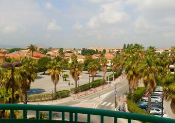 Sale Apartment 2 rooms 49m² Fréjus (83600) - photo