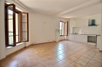 Location Appartement 3 pièces 61m² Figanières (83830) - Photo 1