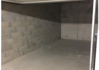Location Garage 14m² Les Arcs (83460) - Photo 1
