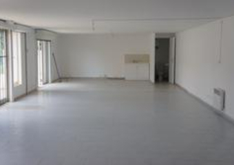 Location Fonds de commerce 102m² Trans-en-Provence (83720) - Photo 1