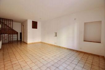 Location Appartement 1 pièce 33m² Trans-en-Provence (83720) - Photo 1