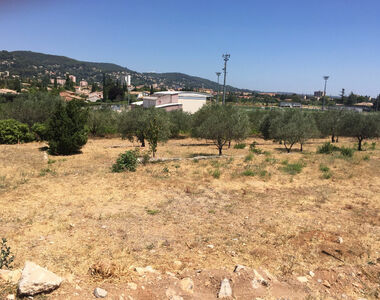 Vente Terrain 585m² Draguignan (83300) - photo