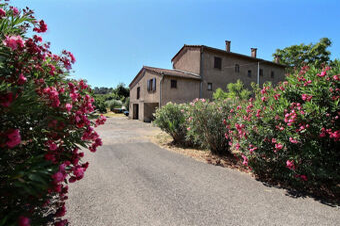 Vente Maison 7 pièces 140m² Trans-en-Provence (83720) - Photo 1