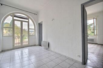 Location Appartement 3 pièces 49m² Trans-en-Provence (83720) - photo