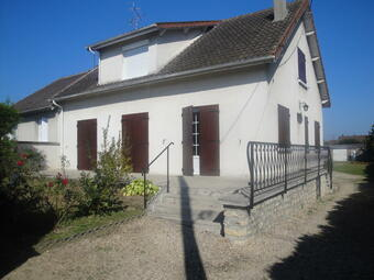 Location Maison 6 pièces 180m² Saint-Pierre-lès-Nemours (77140) - photo