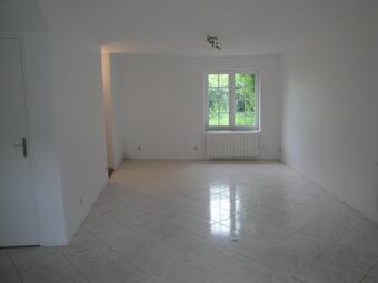 Location Maison 3 pièces 80m² Saint-Pierre-lès-Nemours (77140) - Photo 1