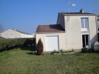 Location Maison 4 pièces 80m² Saint-Pierre-lès-Nemours (77140) - photo