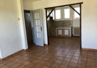 Location Appartement 4 pièces 72m² Saint-Pierre-lès-Nemours (77140) - Photo 1