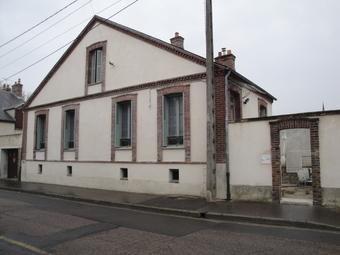 Location Maison 3 pièces 87m² Nemours (77140) - Photo 1