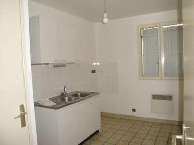 Location Appartement 34m² Saint-Pierre-lès-Nemours (77140) - photo