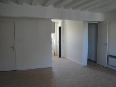 Location Appartement 1 pièce 25m² Nemours (77140) - photo