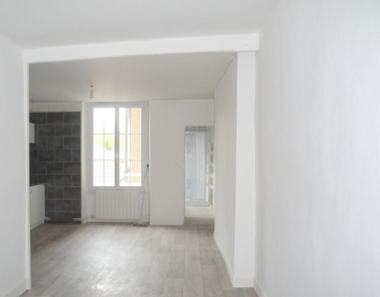 Location Appartement 44m² Nemours (77140) - photo