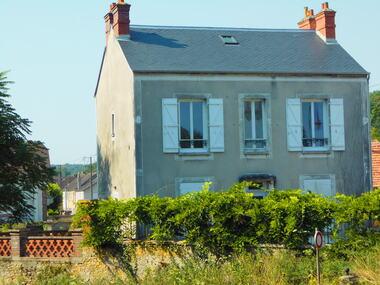 Vente Maison 6 pièces 105m² Saint-Pierre-lès-Nemours (77140) - photo