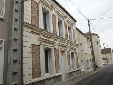 Location Maison 6 pièces 119m² Puiseaux (45390) - photo