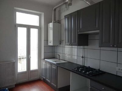 Location Appartement 3 pièces 57m² Marseille 06 (13006) - photo