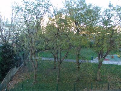 Location Appartement 4 pièces 65m² Marseille 04 (13004) - Photo 3