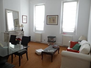 Location Appartement 2 pièces 48m² Marseille 06 (13006) - photo