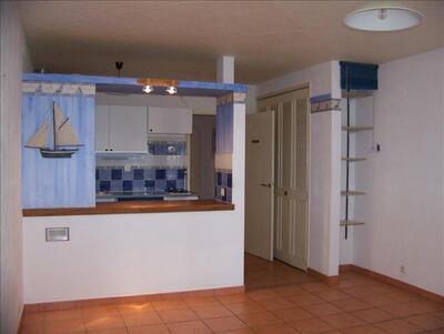 Location Appartement 1 pièce 33m² Sausset-les-Pins (13960) - photo