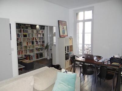Location Appartement 2 pièces 75m² Marseille 02 (13002) - Photo 3