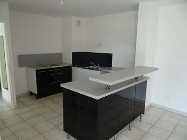 Location Appartement 3 pièces 63m² Marseille 10 (13010) - photo