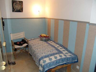 Location Appartement 2 pièces 42m² Marseille 06 (13006) - Photo 9