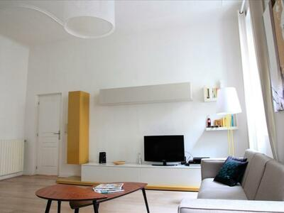 Vente Appartement 3 pièces 83m² Marseille 06 (13006) - Photo 2