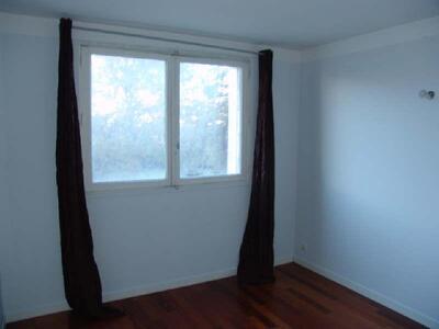 Location Appartement 4 pièces 65m² Marseille 04 (13004) - Photo 8