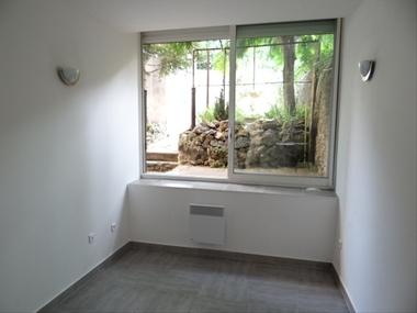 Location Appartement 1 pièce 30m² Marseille 04 (13004) - photo