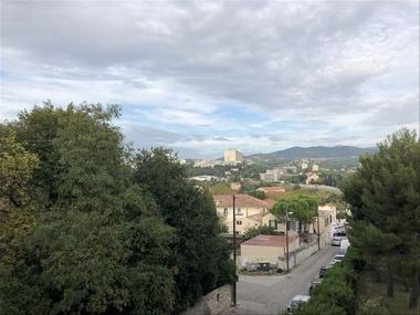 Location Appartement 2 pièces 42m² Marseille 15 (13015) - photo