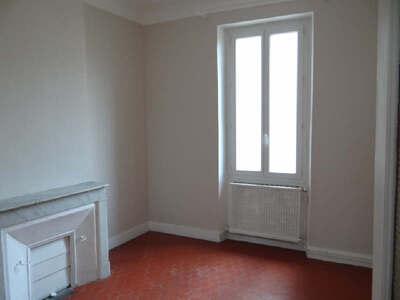Location Appartement 3 pièces 57m² Marseille 06 (13006) - Photo 1