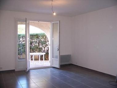 Location Appartement 1 pièce 31m² Sausset-les-Pins (13960) - photo