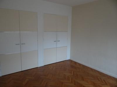 Location Appartement 2 pièces 50m² Marseille 08 (13008) - Photo 4
