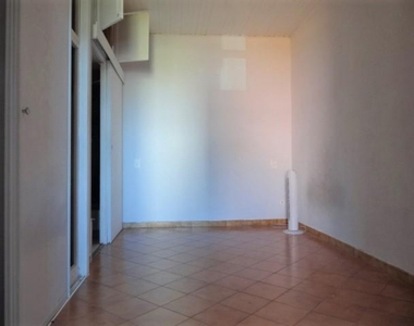 Location Appartement 1 pièce 25m² Marseille 07 (13007) - photo