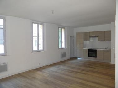Location Appartement 2 pièces 44m² Marseille 06 (13006) - photo
