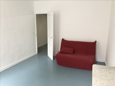 Location Appartement 2 pièces 47m² Marseille 06 (13006) - Photo 2