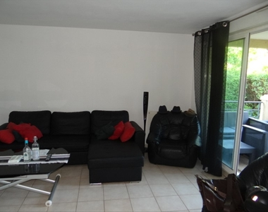 Location Appartement 1 pièce 33m² Marseille 13 (13013) - photo