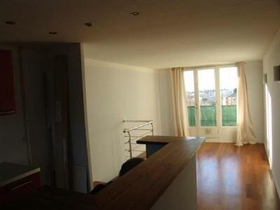 Location Appartement 4 pièces 70m² Marseille 04 (13004) - Photo 2