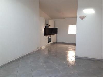 Location Appartement 3 pièces 50m² Marseille 16 (13016) - Photo 3