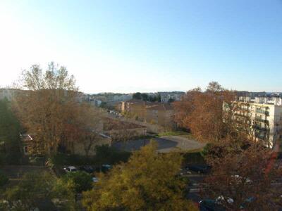Location Appartement 4 pièces 65m² Marseille 04 (13004) - Photo 10