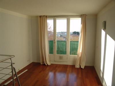 Vente Appartement 4 pièces 65m² Marseille 04 (13004) - Photo 3