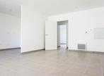 Location Appartement 3 pièces 63m² Marseille 02 (13002) - Photo 3