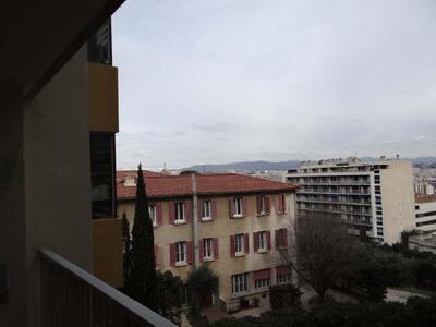 Location Appartement 2 pièces 53m² Marseille 06 (13006) - Photo 6