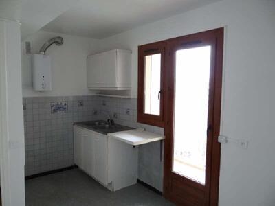 Location Appartement 2 pièces 53m² Marseille 06 (13006) - Photo 4