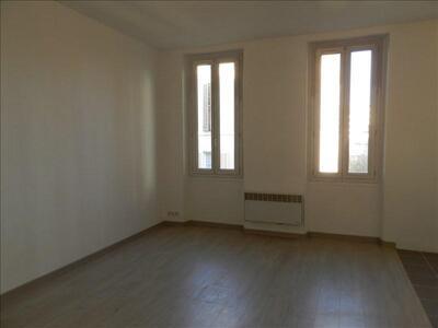 Location Appartement 2 pièces 36m² Marseille 06 (13006) - Photo 2