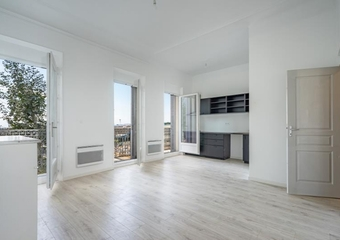 Location Appartement 3 pièces 53m² Marseille 02 (13002) - Photo 1
