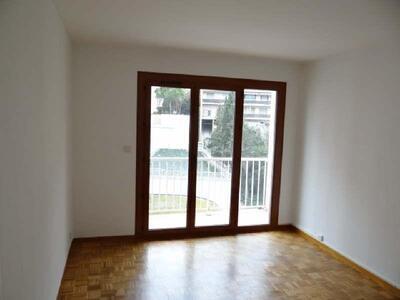 Location Appartement 2 pièces 53m² Marseille 06 (13006) - photo
