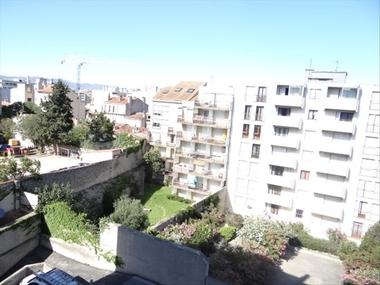 Location Appartement 1 pièce 30m² Marseille 05 (13005) - photo
